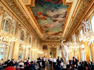 インテリア,海外,ヨーロッパ,シャンデリア,フランス,レストラン,美術館,天井画