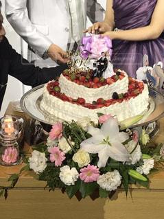 ケーキ,結婚式,ハート,ウェディングケーキ,イチゴ