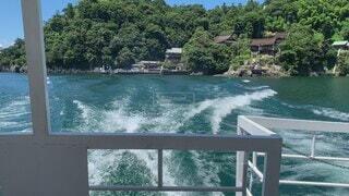 自然,空,屋外,湖,緑,ボート,島,波,船,水面,樹木,旅行,琵琶湖,流れる,水上バイク,竹生島,波の音