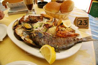 ギリシャ,エーゲ海,地中海料理,ロードス島,Alex's Restaurant & Greek Taverna,グリルフィッシュ,シーフードグリル