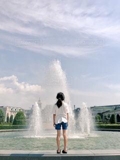 海,空,噴水,初夏,白Tシャツ