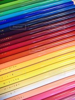 カラフル色鉛筆の写真・画像素材[1537487]