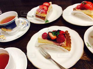 ケーキ,いちご,デザート,タルト,紅茶,ベリー,食後