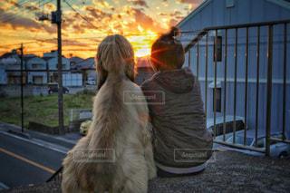 夕陽を見送って。の写真・画像素材[2064616]