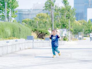 子どもの写真・画像素材[2157506]