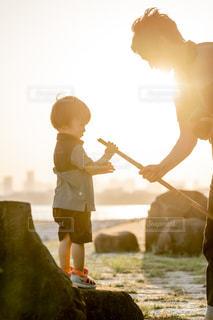 海,公園,夕日,東京,親子,夕暮れ,仲良し,イベント,誕生日,父親,パパ,男の子,2歳,葛西臨海公園,父の日,ぼうや,6月16日