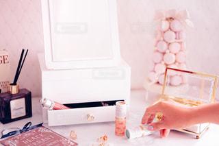 ネイル,ピンク,かわいい,コスメ,ドレッサー,パフュームスティック,perfumestick