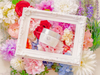 花,アンバサダー,オールインワンジェル,パーフェクトワン,薬用ホワイトニングジェル