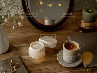 テーブルの上のコーヒー1杯の写真・画像素材[2890267]