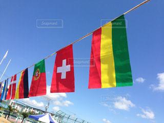 近くの旗のアップの写真・画像素材[794707]