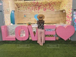 カフェ,海,LOVE,ピンク,かわいい,沖縄,旅行,beach,女子旅,フォトジェニック,夏服,ジェニック,インスタ映え,ピンクカフェ