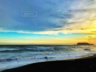 七里ヶ浜からの夕焼けの写真・画像素材[2340812]