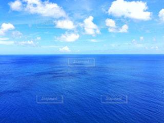 青い空 青い海の写真・画像素材[2364883]