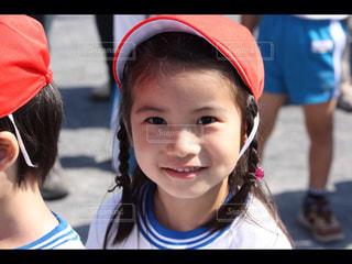 帽子をかぶった小さな女の子の写真・画像素材[769528]