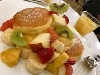 パンケーキ,オレンジ,フルーツ,可愛い,キウイ,ピンクグレープフルーツ,イチゴ,バナナ,フォトジェニック,インスタ映え