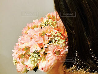 女性,ピンク,花束,フラワー,女の子,プレゼント,ブーケ,髪の毛,アレンジメント