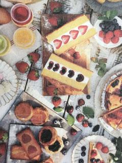 スイーツ,ケーキ,ジュース,カラフル,いちご,フルーツ,さくらんぼ,チェキ,ドリンク,ガレット,フィルムカメラ,フォトジェニック,食欲の秋,インスタ映え