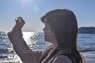 海の少女の写真・画像素材[1034948]