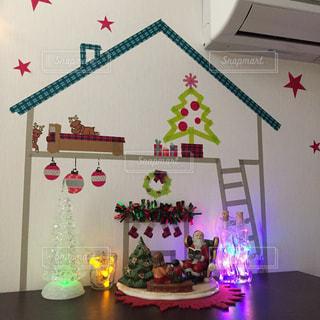 インテリア,アート,クリスマス,サンタクロース,ディスプレイ,デコレーション,クリスマスツリー,壁画,マステアート