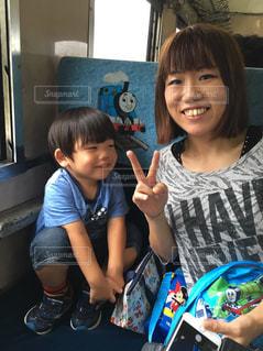 電車,笑顔,初めての,ママと子供