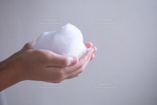 お風呂でつくったもこもこの泡の写真・画像素材[2364638]