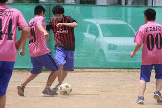 サッカーのゲームの若い男性のグループの写真・画像素材[764952]