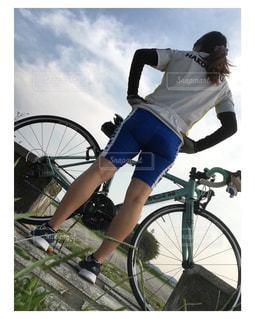 女性,アウトドア,自転車,女子,サイクリング,休日,ロードバイク,余暇,休日の楽しみ