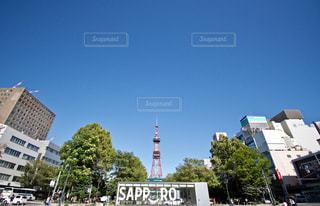 街の通り上の標識の写真・画像素材[754970]