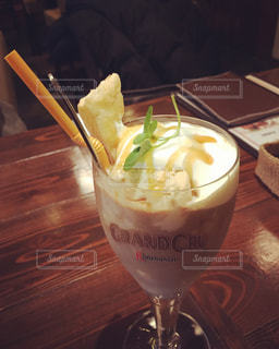 カフェ,名古屋市,吹上,おしゃれ,ドロップカフェ,塩キャラメルラテ