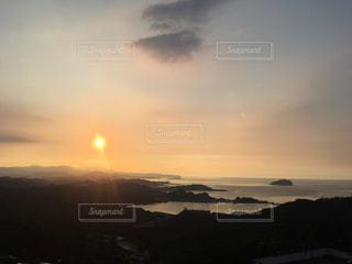 海,太陽,夕焼け,夕暮れ,光,旅,夕陽