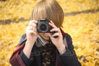 秋,カメラ,屋外,カラフル,黄色,お花,観光,人物,人,旅行,写真,イチョウ,銀杏,一眼レフ,黄,yellow,撮る,インスタ映え