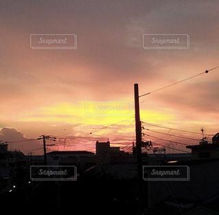 日没の前にトラフィック ライト - No.973835