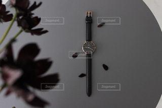 花と時計の写真・画像素材[1038601]