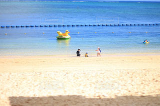 平成最後、生まれて初めての海の写真・画像素材[1424184]