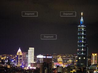 夜の台北101の写真・画像素材[951035]