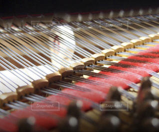 ピアノの鍵盤の中 - No.802041