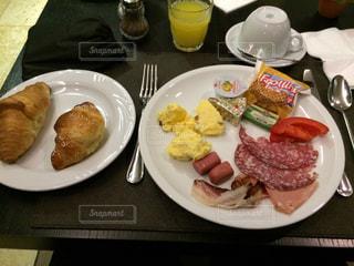 ホテルで朝食をの写真・画像素材[911296]