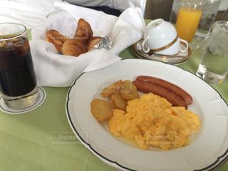 シンプル朝食。 - No.1147068