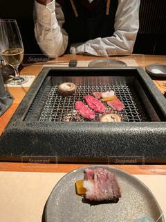 焼肉 個室 デートの写真・画像素材[1640643]