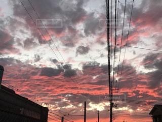 空,夕日,雲,夕焼け,夕暮れ,オレンジ