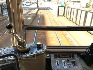長崎路面電車の車内からの写真・画像素材[853548]