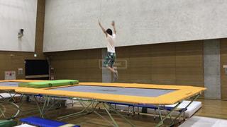 屋外,子供,日本,運動,トランポリン,跳ぶ