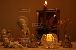 ろうそく,キャンドル,灯り,クリスマス,置物,天使,キリスト,マリア,淡い,飾り付け,ライトキャンドル,柔らかいイメージ