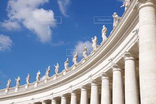 大きな白い建物の写真・画像素材[1315172]