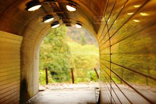 トンネルの向こう側の写真・画像素材[870174]