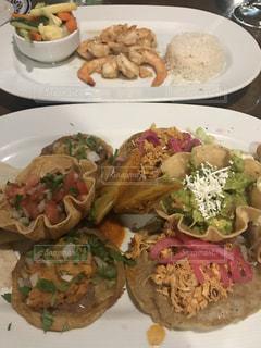 メクストリームのメキシカン料理の写真・画像素材[804505]