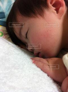 寝顔の写真・画像素材[601337]