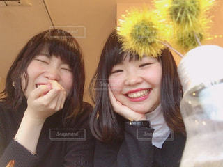 女性,カフェ,カメラ,屋外,室内,人物,人,笑顔,熊本,cafe,九州,微笑み
