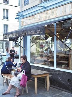 カフェ,コーヒー,フランス,パリ,朝ごはん,クロワッサン,パンオショコラ,Du pain et des idees