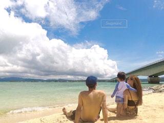 家族,海,夏,親子,後ろ姿,沖縄,子供,旅行,夏休み